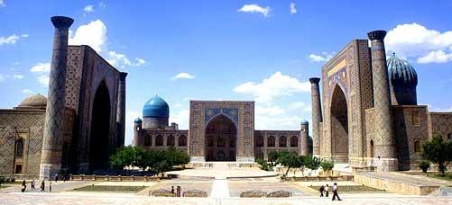 Узбекистан, Туризм в Узбекистане, Самарканд, Площадь Регистан